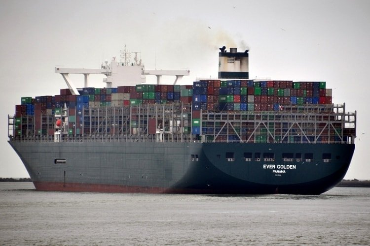 ever-golden-worlds-largest-container-ship-learnsailor