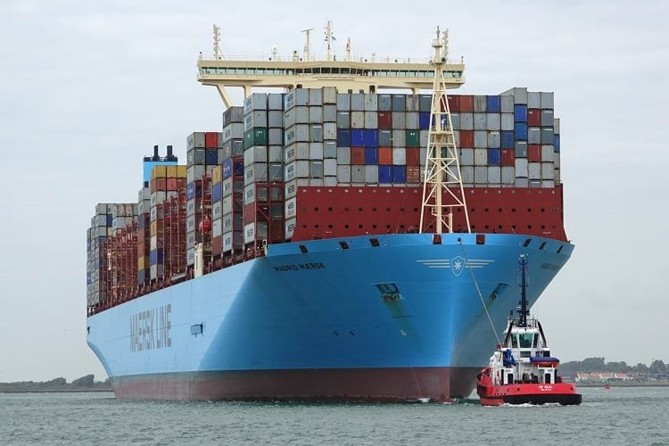 madrid-maersk-worlds-largest-container-ship-learnsailor