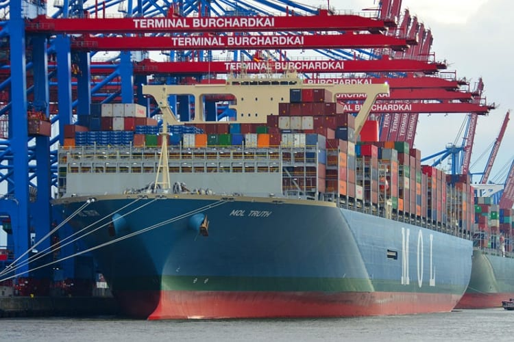 mol-truth-worlds-largest-container-ship-learnsailor
